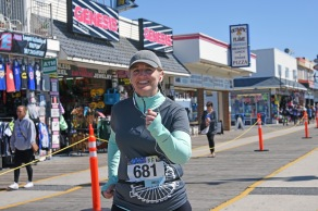 Feeling strong in mile 12, on the Wildwood boardwalk (photo by Chris M. Junior)!